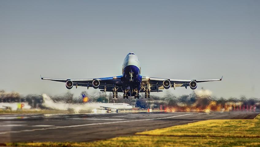Airplane, services, air freight, Delta-Stallion Internationale Transport GmbH